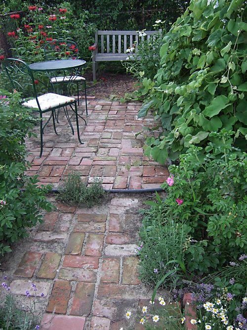 Gardengonewild 003